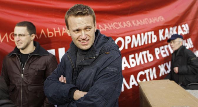 Fin dall'inizio, il blogger dell'opposizione Alexei Navalny si è posto come candidato del popolo e questa posizione ha influenzato tutta la sua  campagna elettorale per le amministrative di Mosca (Foto: AP)