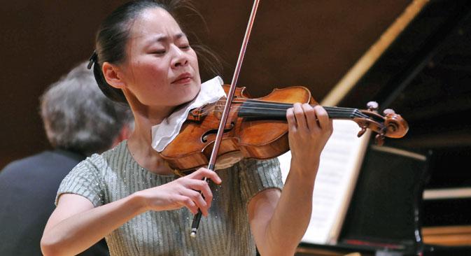 La violinista giapponese Midori Goto sarà in concerto a Mosca (Foto: Itar-Tass)