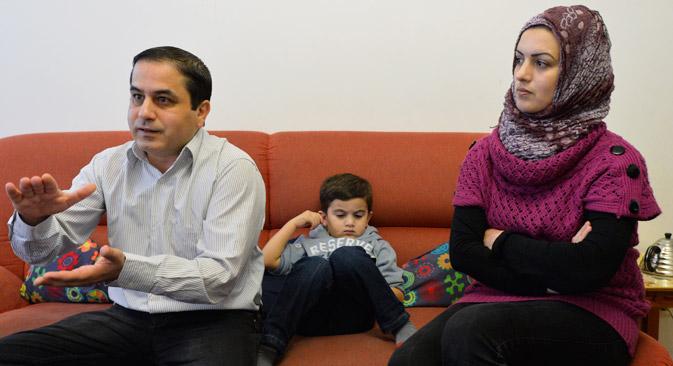 La famiglia di Yarob Rashid, fuggita dalla Siria e rifugiata a Mosca (Foto: Mikhaïl Sinitsyn)