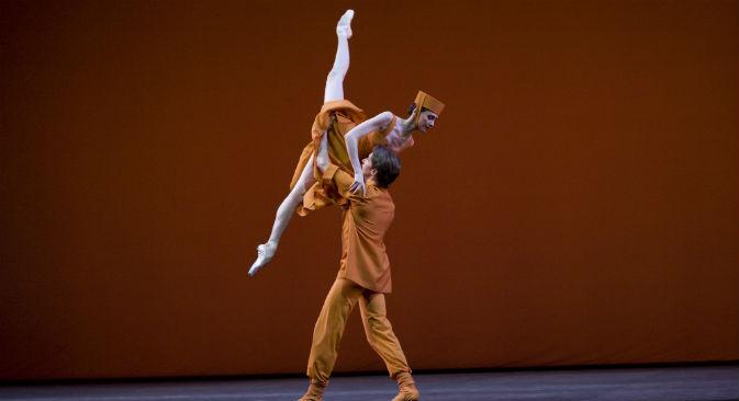 L'étoile Svetlana Zakharova insieme ad Andrei Merkuriev in Russian Seasons (Foto: Damir Yusupov / Ufficio Stampa Teatro Bolshoj)