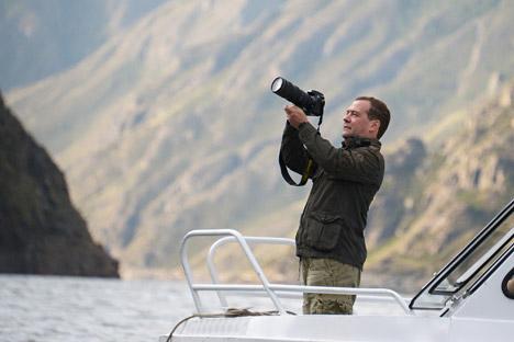 Il premier Dmitri Medvedev è un appassionato di fotografia (Foto: AP)