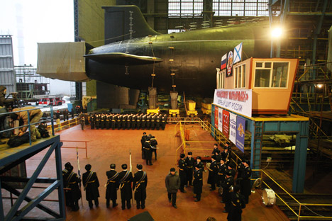 Un sottomarino in fase di costruzione (Foto: Itar Tass)