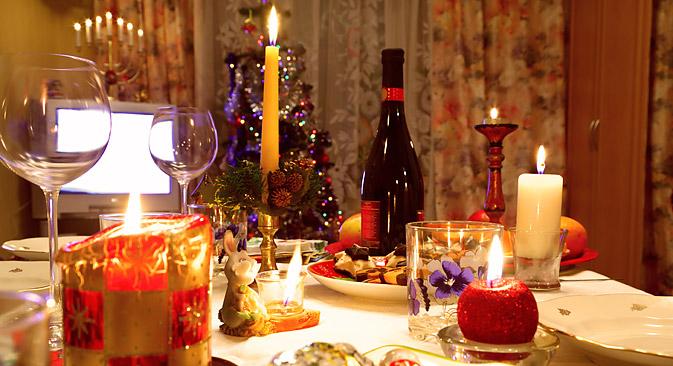 Tutto pronto a tavola per le festività (Fonte: Lori Legion Media)