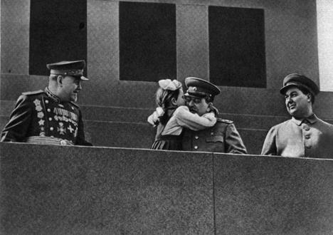 Vera Kondakova con Stalin (Foto: fonte libera)