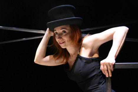 """Nina, spettacolo liberamente ispirato a """"Il gabbiano"""" di Anton Cechov, in scena al Teatro Libero di Milano dall'1 al 6 aprile 2014 (Foto: Ufficio Stampa)"""