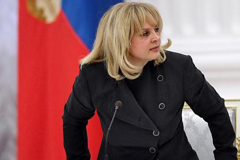 Ella Pamfilova è la prima donna che in Russia ricopre l'incarico di commissario per i diritti umani (Foto: Kommersant)