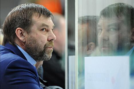 Il nuovo allenatore della nazionale di hockey, Oleg Znarok (Foto: Vladimir Fedorenko / RIA Novosti)