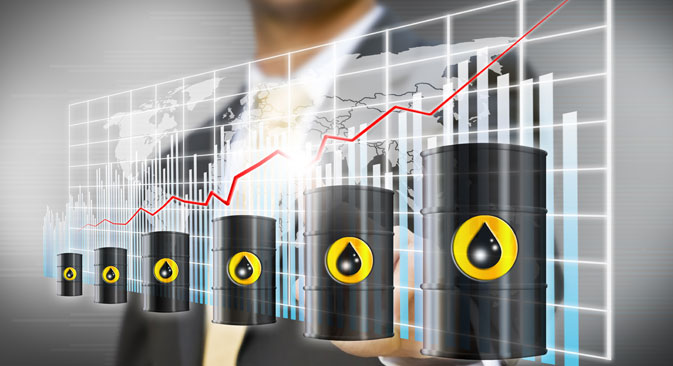 Le sanzioni a danno della Russia da parte dell'Occidente andrebbero a incidere sui volumi delle forniture, provocando un aumento del prezzo del petrolio sui mercati internazionali (Foto: Shutterstock / Legion-Media)