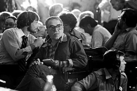 Gabriel García Márquez durante una conferenza stampa dell'Unione dei registi sovietici alla Casa Centrale del Cinema, durante la XV edizione del Festival internazionale del cinema di Mosca, nel 1987 (Foto: M. Yurchenko / Ria Novosti)