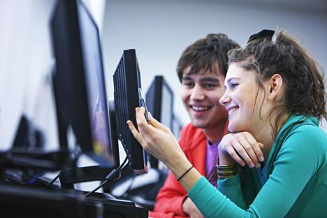 Molti strumenti utili per imparare la lingua russa sono presenti online (Foto: Shutterstock / Legion Media)