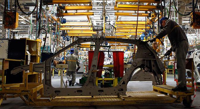 Lo stabilimento della Ford Sollers, unajoint venturetra l'americana Ford e la russa Sollers, situato nei pressi diSan Pietroburgo, ha sospeso la produzione fino a giugno (Foto: Reuters)