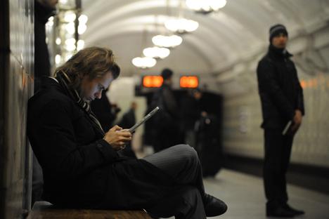 Letture in metropolitana (Foto: Ria Novosti)
