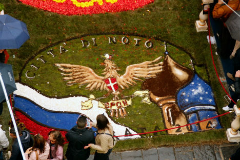 Sfilata di fiori dedicata alla Russia alla 35esima edizione dell'Infiorata di Noto (Foto: ufficio stampa)