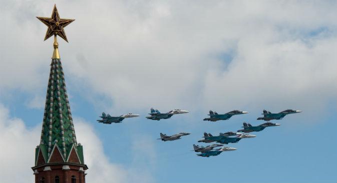 Nel cielo di Mosca una settantina di aerei ed elicotteri sorvoleranno la città per celebrare il giorno della Vittoria (Foto: Ria Novosti)