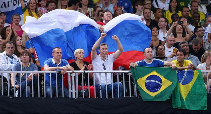 Circa ventimila i tifosi russi in partenza per il Brasile (Foto: Itar Tass)