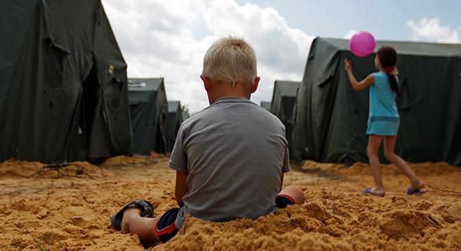 Al momento, nei territori di frontiera della Russia si trovano oltre 400mila persone. Altre ventimila hanno chiesto di ricevere asilo temporaneo. Cifre destinate a salire (Foto: Reuters)
