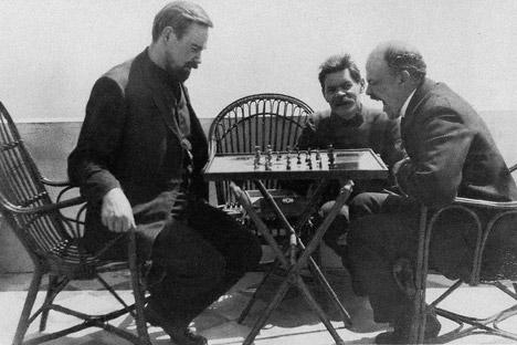 Lenin durante una partita a scacchi (Foto: Open Source)