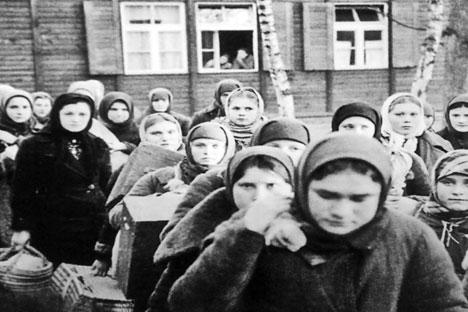 Prigionieri in un gulag (Foto: ufficio stampa)