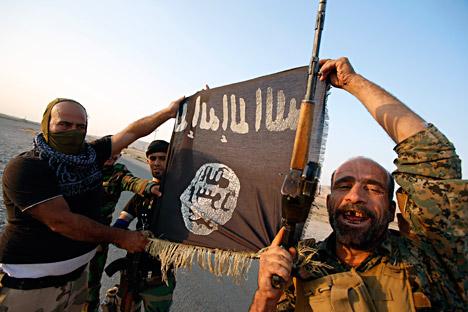 Dopo una lunga discussione a porte chiuse, i paesi partecipanti si sono assunti l'impegno di fornire aiuti militari all'Iraq. Anche se nella relazione finale non sono stati chiariti i dettagli delle modalità con cui verranno forniti (Foto: Reuters)