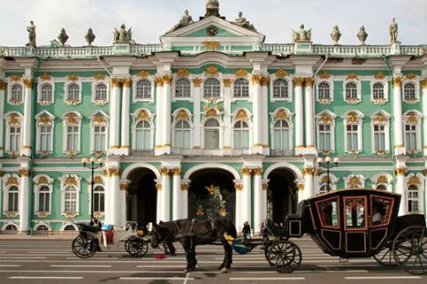 La facciata del museo Ermitage (Foto: Alamy/Legion Media)