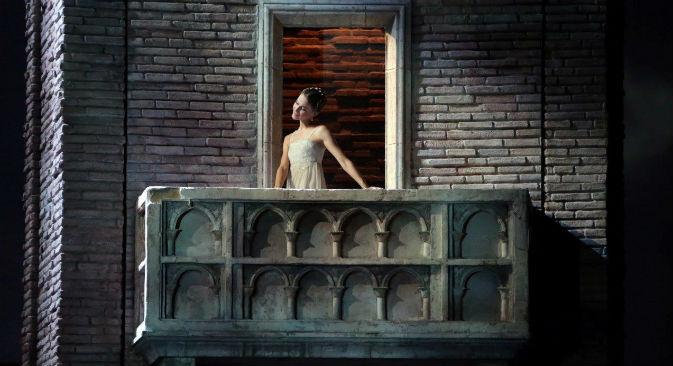 """Alina Somova, """"Romeo e Giulietta"""" (Foto: Brescia-Amisano, Teatro alla Scala)"""