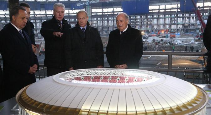 La riunione sull'organizzazione dei Mondiali di calcio del 2018 (Foto: Konstantin Zavrazhin / RG)