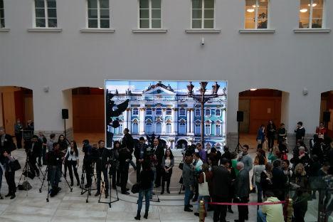 Giornalisti da tutto il mondo riuniti per la nona edizione del Media Congress a San Pietroburgo, svoltosi al Museo Statale Hermitage (Foto: Rosa Lella)