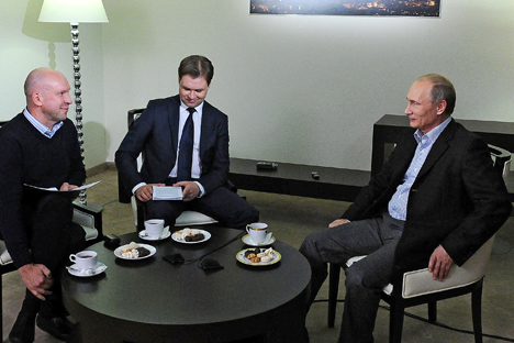 Il Presidente russo Vladimir Putin risponde alle domande dei giornalisti (Foto: Mikhail Klemntiev/RIA Novosti)