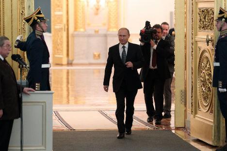 Il Presidente russo prima del suo discorso davanti all'Assemblea Federale (Foto: Konstantin Zavrazhin / RG)