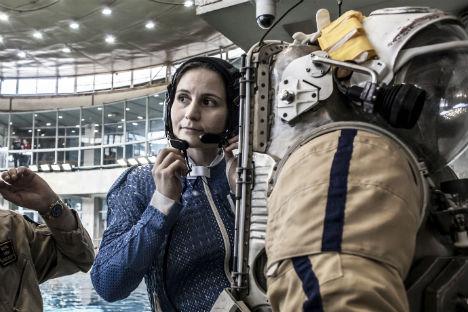 L'astronauta italiana Samantha Cristoforetti durante un addestramento nella Città delle Stelle di Mosca, prima di partire per la missione Futura (Foto: Calogero Russo)
