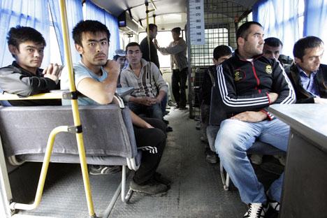 La fetta più consistente degli immigrati in Russia proviene dai paesi Csi, in primo luogo da Uzbekistan, Tagikistan e Ucraina (Foto: Tatiana Andreeva / RG)