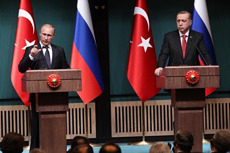 Il Presidente russo Vladimir Putin insieme al Presidente turco Recep Tayyip Erdogan (Foto: Konstantin Zavrazhin / RG)