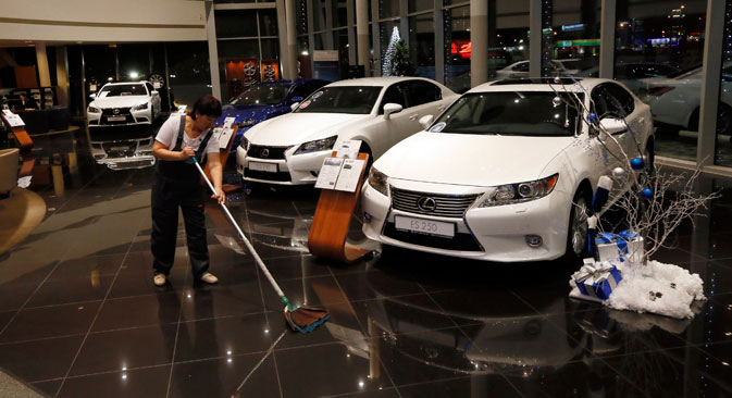 I concessionari automobilistici hanno bloccato le vendite di auto straniere (Foto: Reuters)