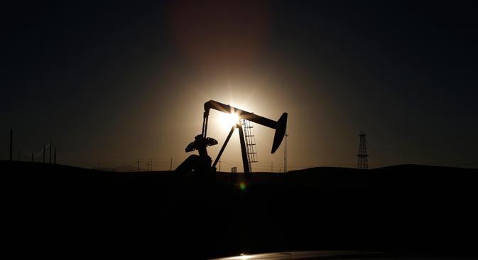 Secondo alcuni esperti, le dimensioni del crollo dell'economia russa dipendono direttamente dalla dinamica dei prezzi del petrolio (Foto: Reuters)