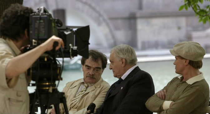 """Una delle scene iniziali del film """"Il Maestro e Margherita"""", girato da Vladimir Bortko (Foto: kinopoisk.ru)"""
