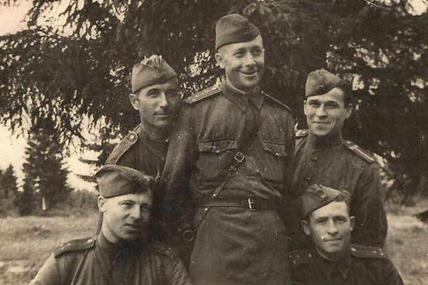Vasily Maslenkov, insegnante (Foto: archivio di famiglia)