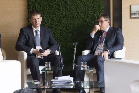 Maksim Reshetnikov, ministro del Governo di Mosca e Oleg Bocharov, direttore del Dipartimento di Scienze, politica industriale e imprenditorialità (Foto: Russia Expo 2015)