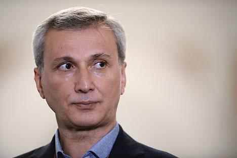 Machar Wasijew war Solist am Mariinskij-Theater, dessen Ballett er später dreizehn Jahre lang leitete. Die vergangenen sieben Jahre war er Direktor des Ballets der Mailänder Scala.