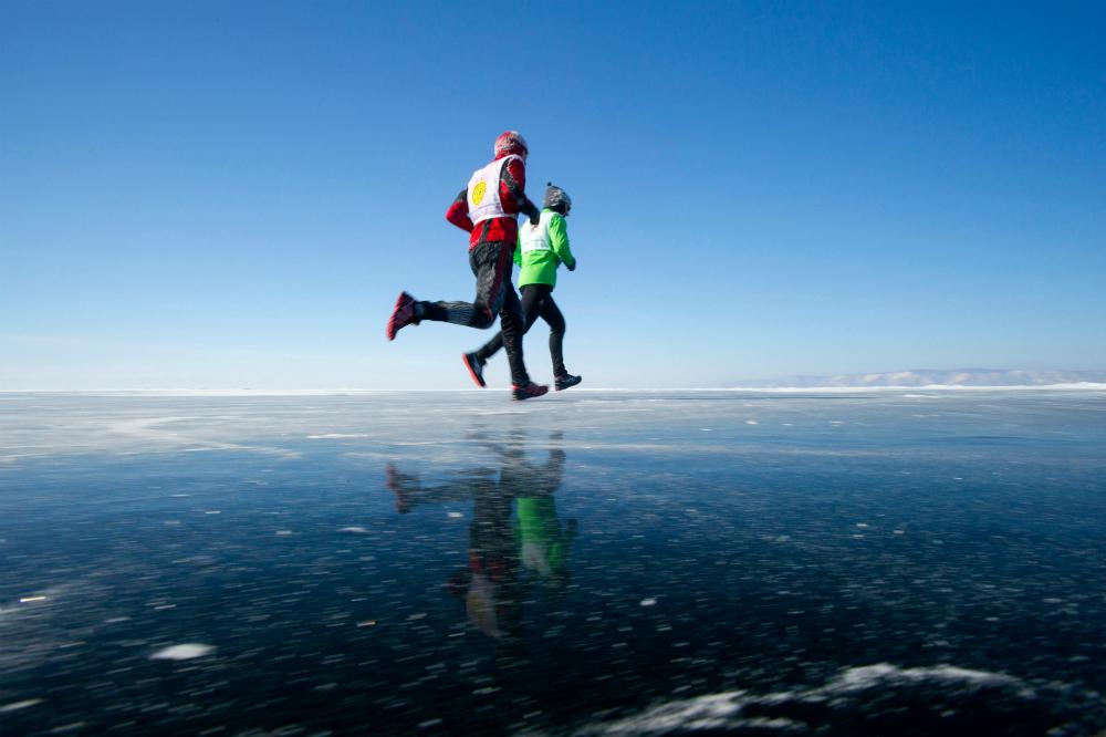 Un momento della Bajkal Ice Marathon (BIM). Fonte: Alamy/Legion-Media