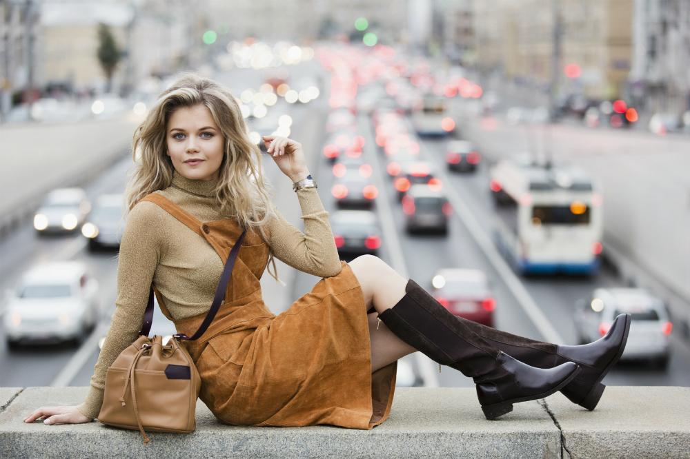 Presentatrice e modella, Masha Ivakova è nata in Kazakhstan nel 1986. A tredici anni si è trasferita a San Pietroburgo insieme alla famiglia