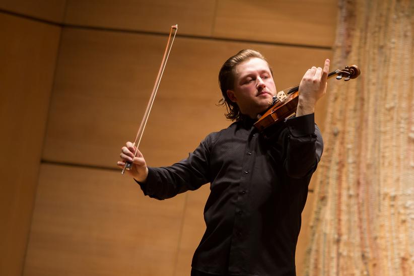 Il violinista Pavel Miljukov