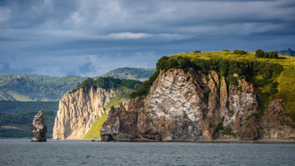 La Kamchatka, la selvaggia e sconfinata penisola nell'estremo est della Russia, inizia ad attirare sempre più turisti che si spingono oltre le classiche mete come Mosca e San Pietroburgo.