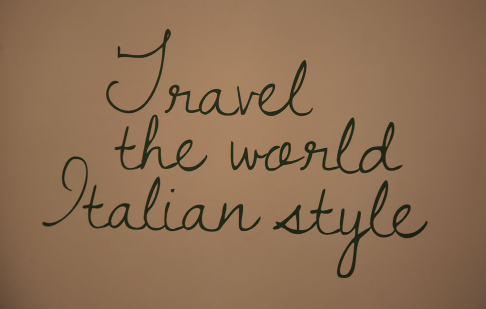 """Travel the world, italian style: viaggiare nel mondo, lo stile italiano. Il festival """"Da Venezia a Mosca"""" si è rivelato non solo un'occasione per promuovere il cinema del Belpaese in Russia, ma anche una vetrina per evidenziare la cultura e le bellezze di questo territorio"""