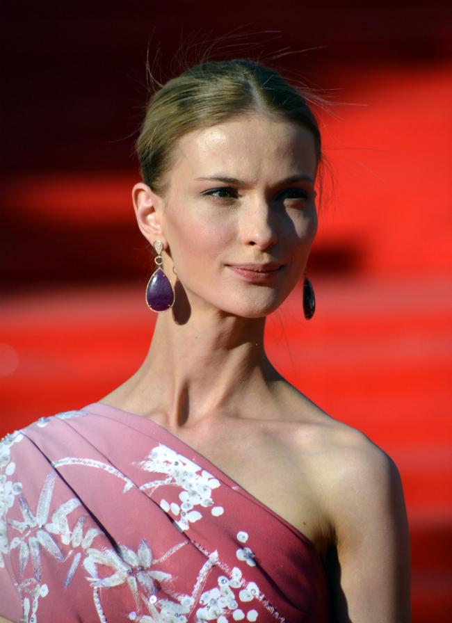 """Nel 2006, al termine dell'università, Sveta ha la possibilità di interpretare l'eroina Polina nel film """"Frants + Polina"""" del giovane regista Mikhail Segal. Questa risulterà la migliore interpretazione della sua carriera"""