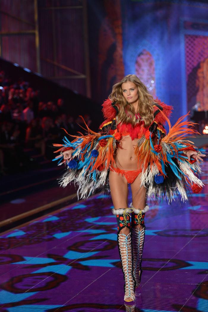 Durante la stagione primavera-estate 2015, Katya Grigorieva ha partecipato a oltre trenta sfilate di moda