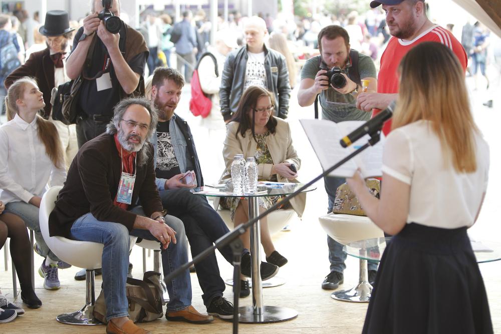 Incontri con gli autori, presentazioni, spettacoli e proiezioni di film: sono oltre 400 gli eventi organizzati per il Festival dei Libri