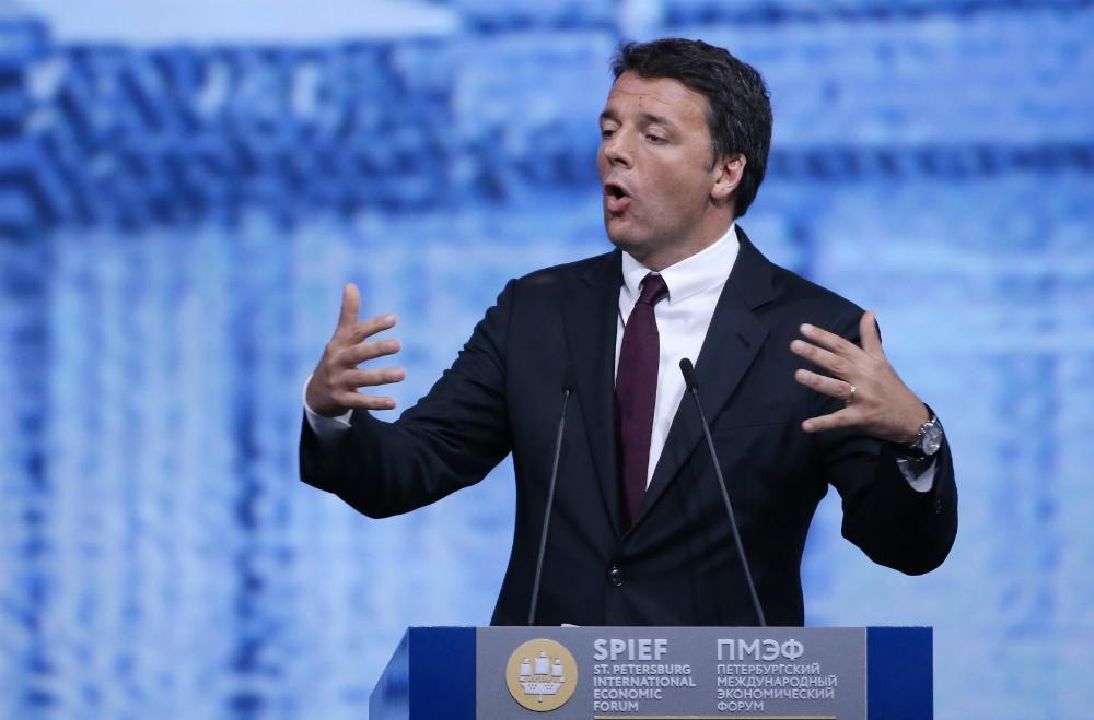 Video: la visita di Renzi al padiglione italiano