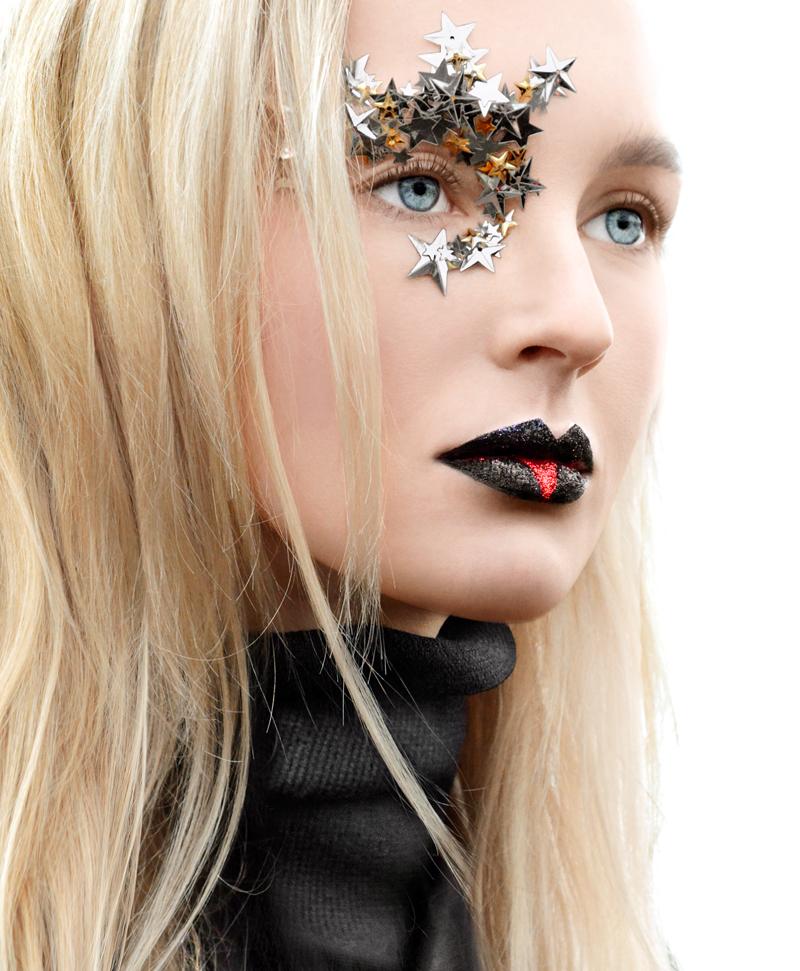 La carriera da modella è iniziata all'età di 17 anni con il primo contratto siglato con l'agenzia Avant Models