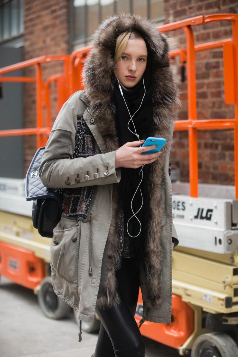 Nel 2015 è apparsa sulle copertina di Vogue, prima nella versione russa e poi nella versione turca della rivista