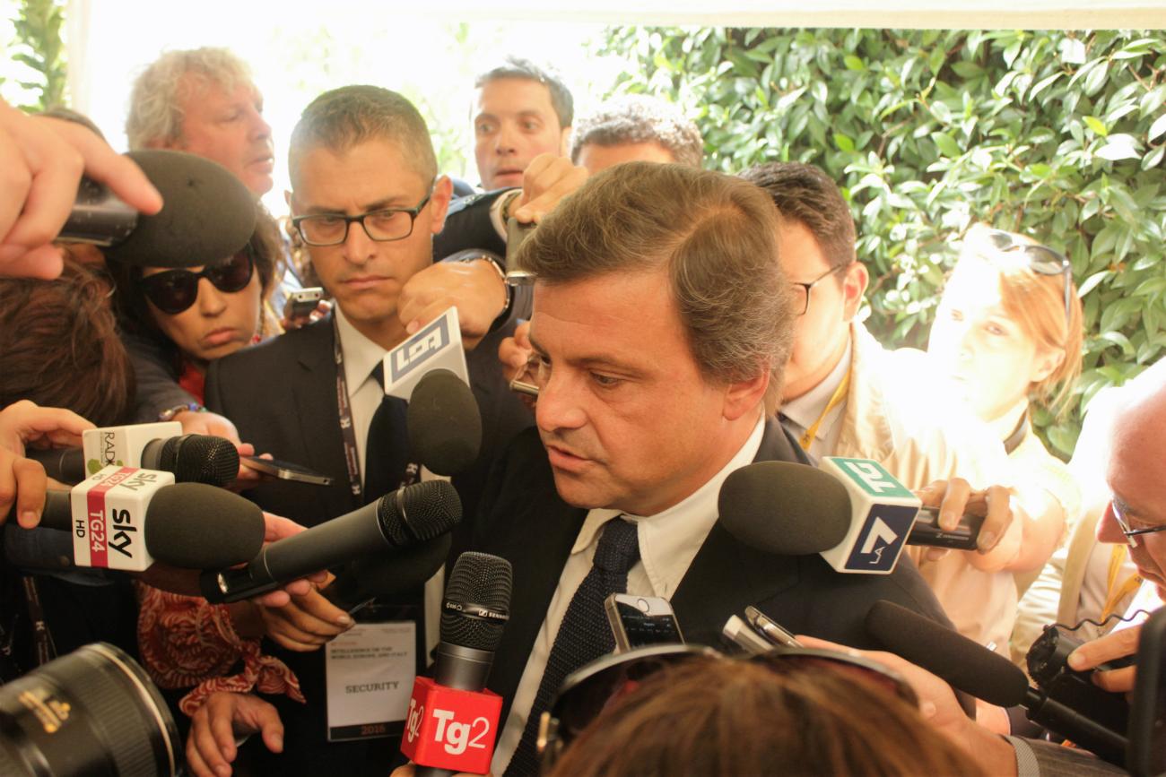 Il ministro italiano dello Sviluppo Economico Carlo Calenda. Fonte: Evgenij Utkin